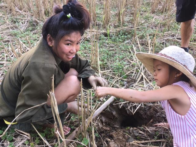Mum and Daughter crab digging