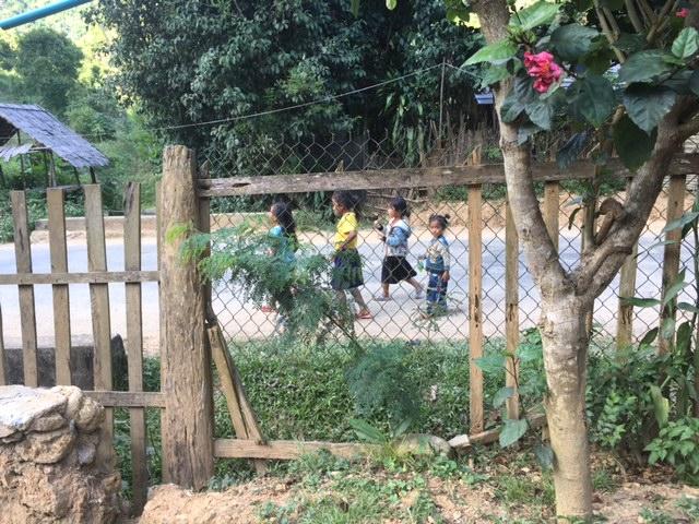Laos Kids on Street